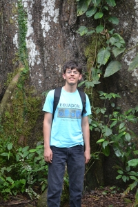 Foto:  Nathanael with Ceibo Tree