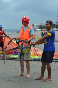 Nathanael:  Paracaídas sobre el mar