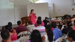 Terri Teaching in Esmeraldas